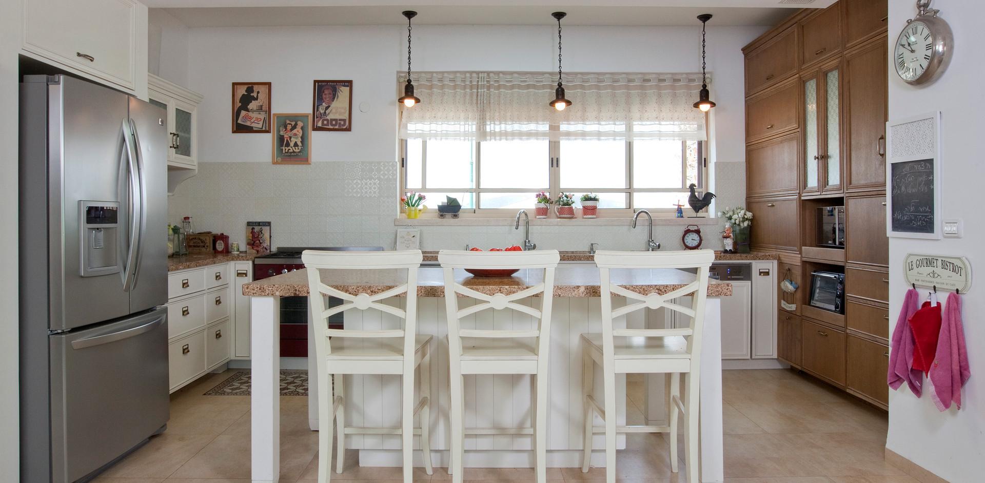 מטבח משולב עץ- MDF