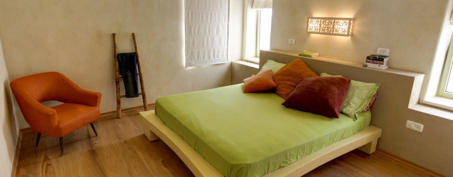 חדר השינה ותאורה ייחודית משלו