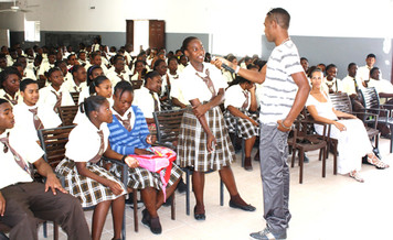 TCI's Fashion Designer Kazz Forbes presents at Clement Howell High School Career Day Sessions