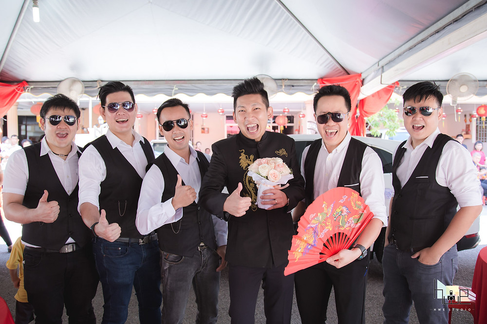groomsmen photography