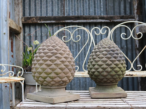 Decorative Terracotta Pineapple Finials