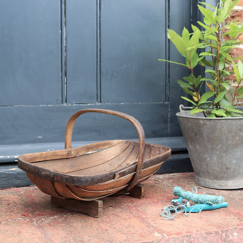 English Vintage Rustic Garden Sussex Trug