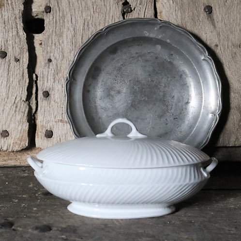 Small White Vintage Ribbed Tureen