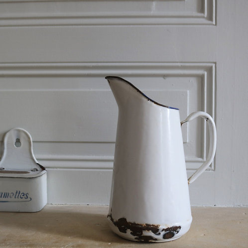 Small Traditional French Vintage Enamel Pitcher Jug