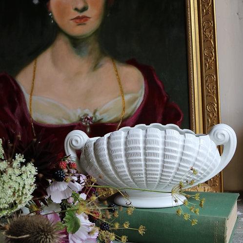 Vintage Shell Wave Mantle Vase