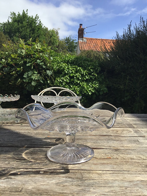 Fluted Glass Stand