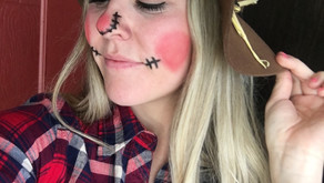 DIY: Chic Scarecrow