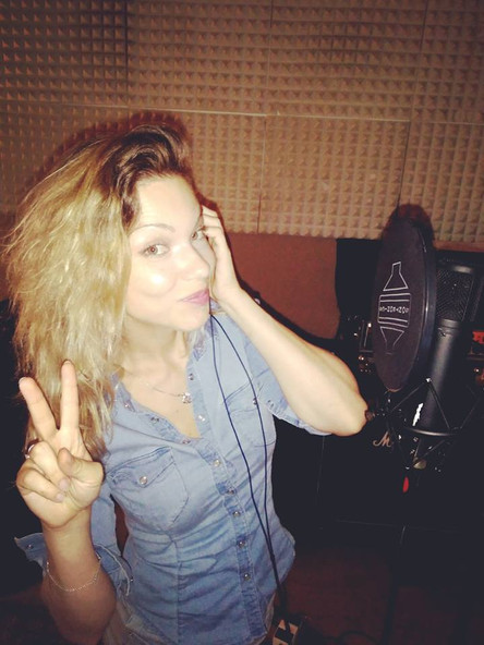 Petra, recording CD for summer buskers tour in Spain