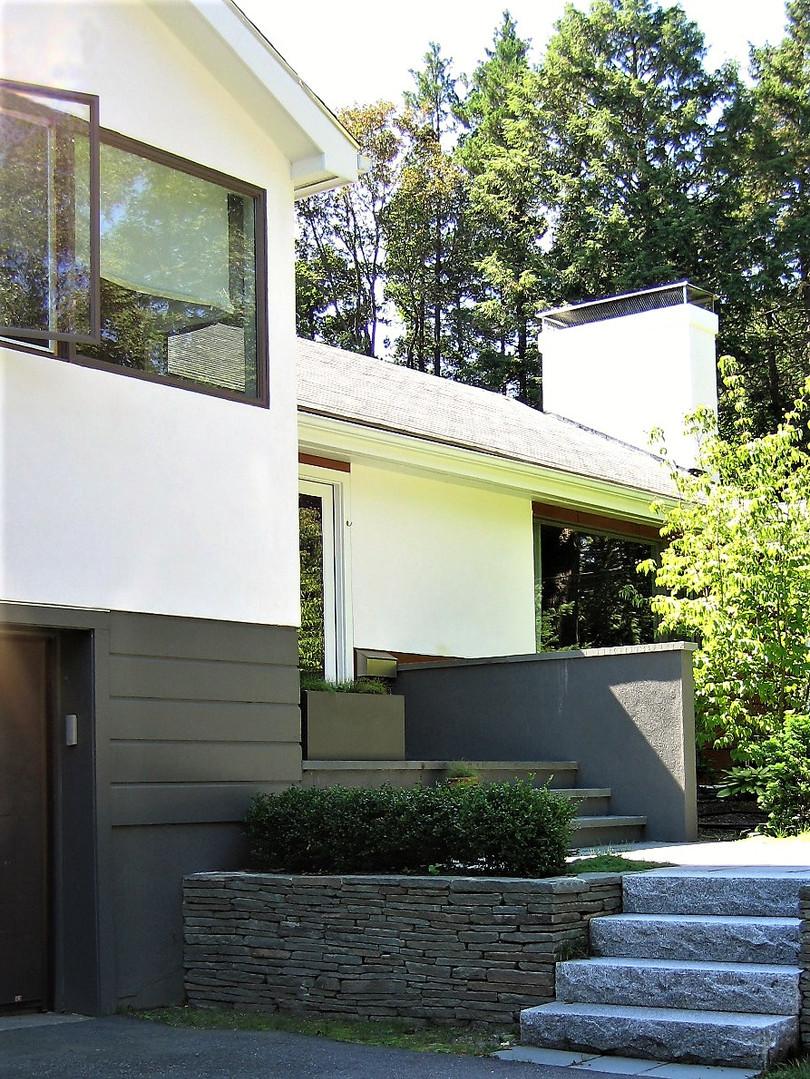 Mignon Facade Redesign
