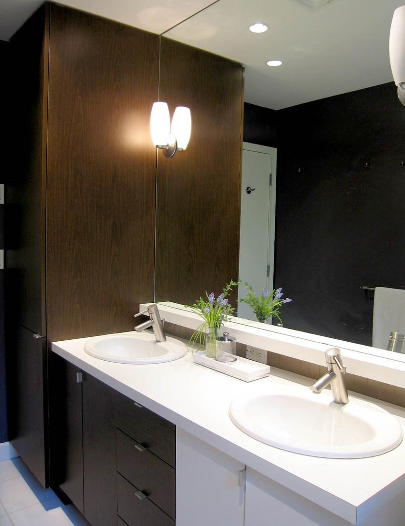 Mignon Bathroom