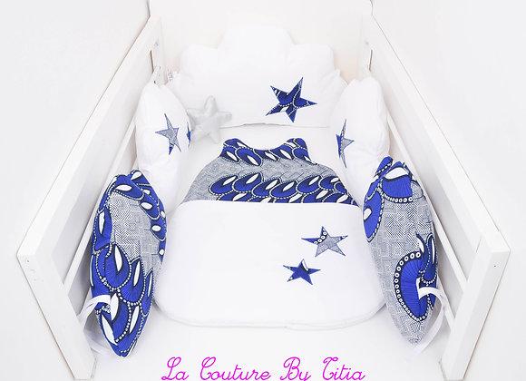 Tour de Lit nuage et gigoteuse blanc et étoiles wax bleu