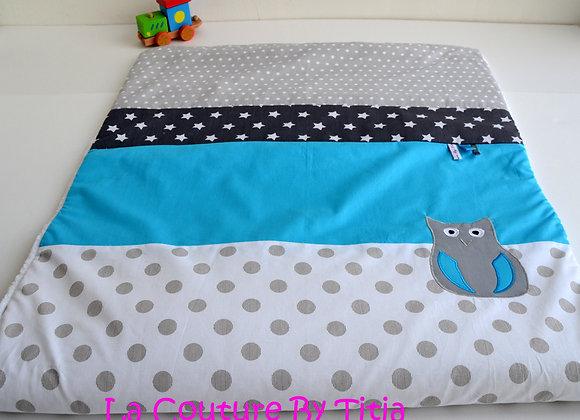Couverture bébé personnalisable pois étoiles gris et bleu