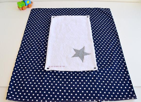 Housse de matelas à langer avec éponge bleu marine et étoiles gris