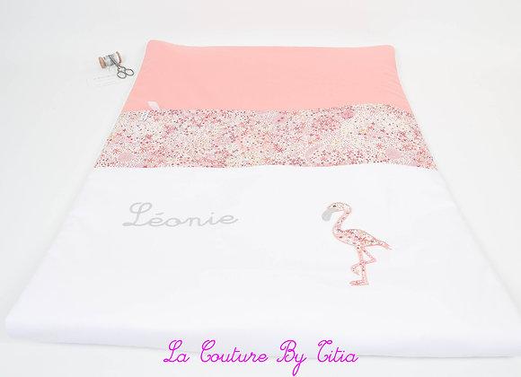 Couverture bébé personnalisable corail, blanc et flamant rose Liberty