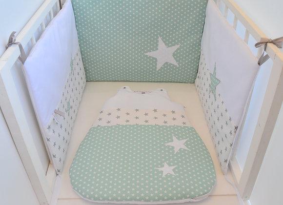 Tour de lit et Gigoteuse vert menthe et étoiles blanc