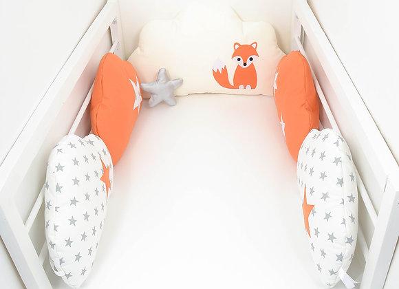 Tour de Lit nuage 5 coussins renard blanc étoiles gris, orange et beige