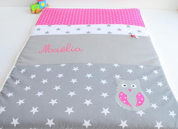 Couverture bébé personnalisable étoiles gris anthracite et hibou fuchsia
