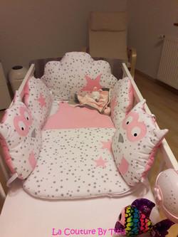 tour de lit hibou blanc et rose
