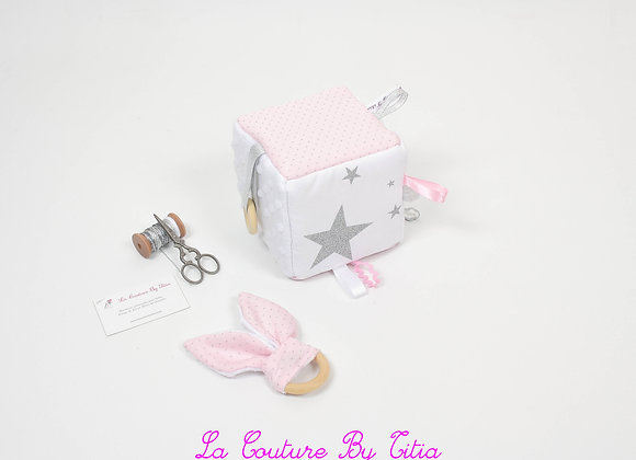 Cube, jeu d'éveil inspiration Montessori minky blanc, rose à pois argent