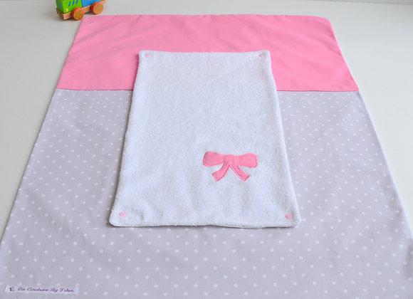 Housse de matelas à langer avec éponge gris clair à pois et nœud rose