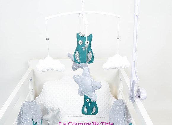 Mobile musical bébé hibou bleu canard, nuage minky blanc et étoiles gris