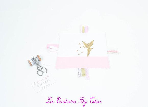 Doudou étiquette blanc, rose et fée or