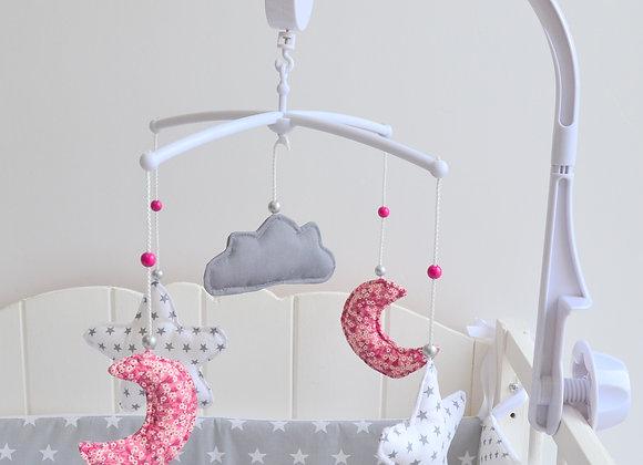 Mobile musical bébé étoiles lune nuage gris et Liberty Mitsi rose