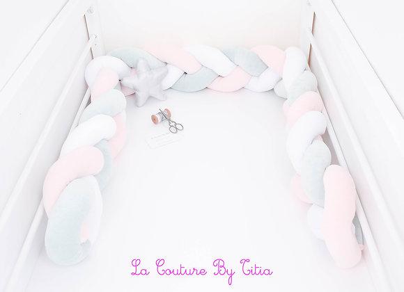 Tour de Lit tressé, pare chocs bébé 180 cms blanc et rose