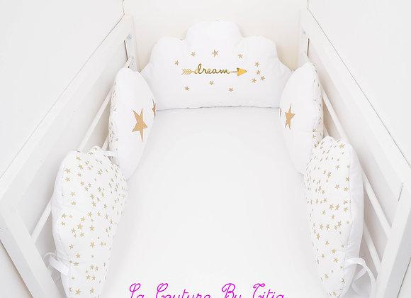 Tour de Lit nuage 5 coussins blanc et étoiles dorées, or glitter dream
