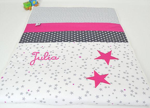 Couverture bébé personnalisable blanc, gris et étoiles framboise
