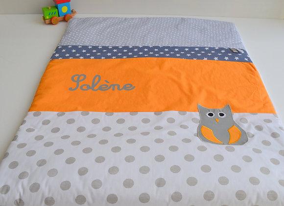 Couverture bébé personnalisable blanc pois gris et hibou orange