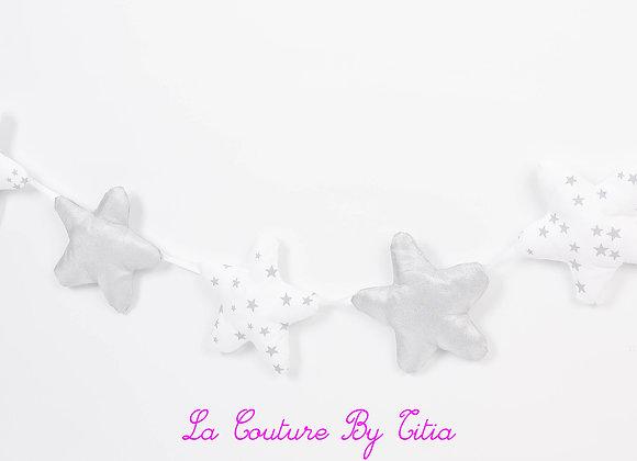 Guirlande de Décoration de chambre blanc étoiles gris et argent