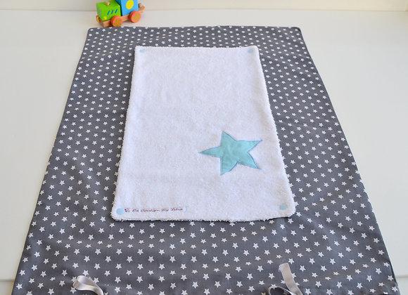Housse de matelas à langer avec éponge gris et étoiles bleu turquoise