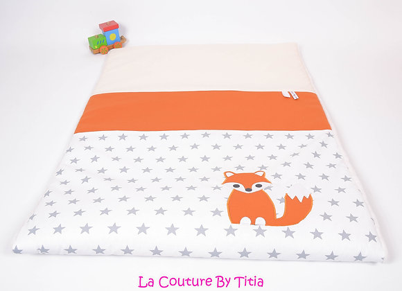 Couverture bébé personnalisable gris étoiles, beige et renard orange