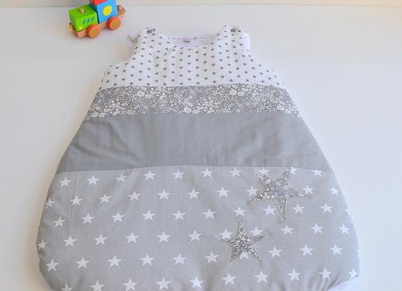 Turbulette gigoteuse gris et étoiles Liberty Mitsi