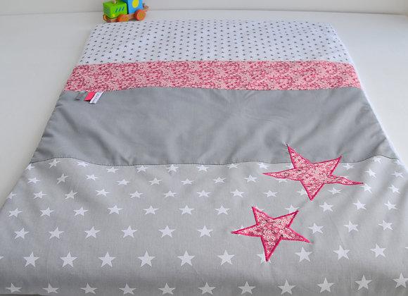 Couverture bébé personnalisable gris étoiles et Liberty Mitsi rose