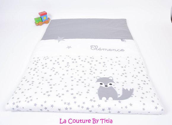 Couverture bébé personnalisable blanc étoiles glitter, et renard gris