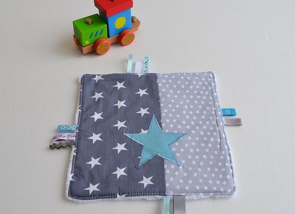 Doudou étiquette bleu et étoiles gris bleu