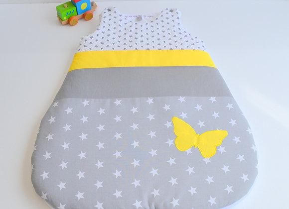 Turbulette gigoteuse étoiles gris étoiles blanc et papillon jaune