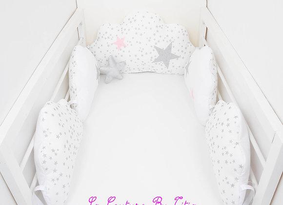 Tour de Lit nuage 5 coussins blanc, gris et étoiles argent et rose