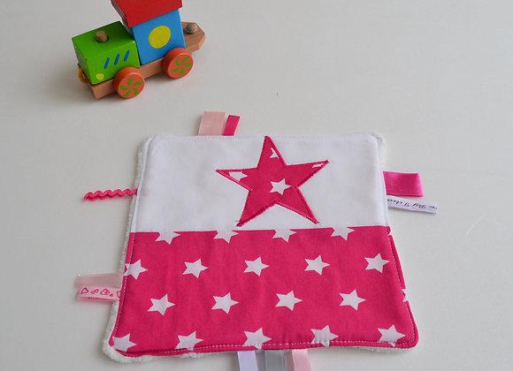 Doudou étiquette Blanc et étoiles rose fuchsia