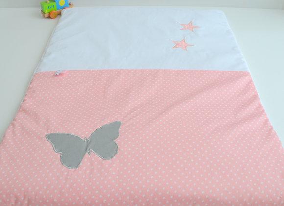 Couverture bébé personnalisable rose poudré à pois blanc et papillon gris