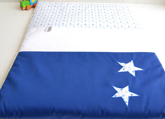 Couverture Bébé personnalisable blanc et étoiles bleu