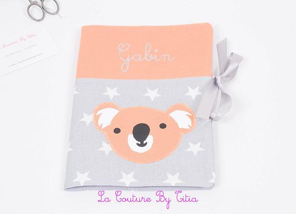 Protège carnet de santé gris étoiles blanc et koala orange