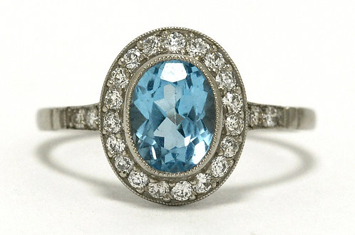 Engagement Ring Oval Facted Aquamarine