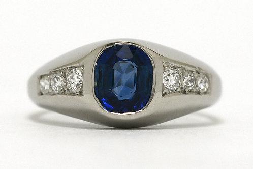 Oval Sapphire Diamond Shoulders Ring