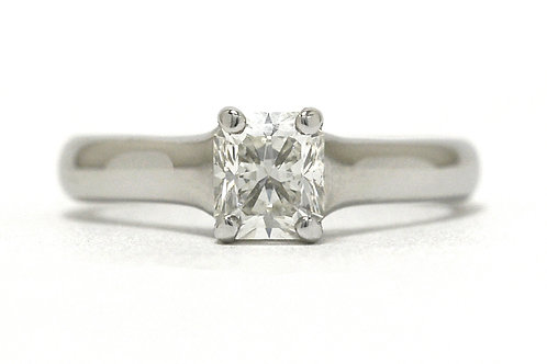 Lucida Radiant Diamond Ring Platinum