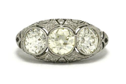 An Edwardian 3 diamond platinum engagement ring