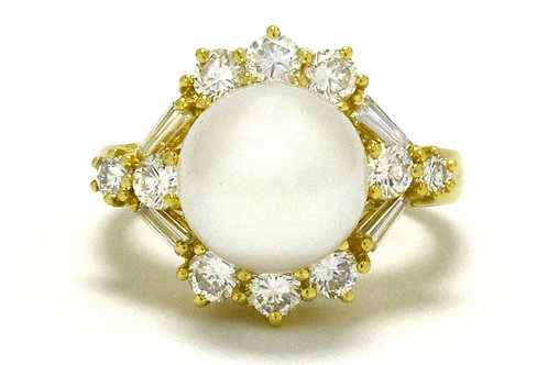 White South Sea pearl cocktail ring