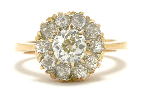 Engagement ring 18k rose gold flower cluster